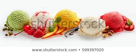 Kremowy lody maliny szufelka świeże pozostawia Zdjęcia stock © Digifoodstock