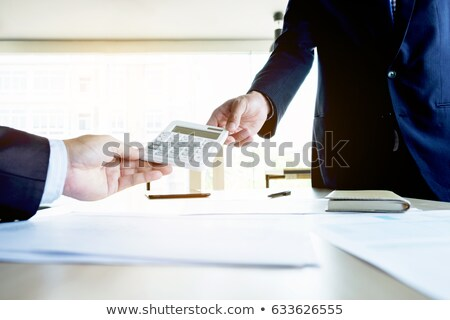 üzletember küld számológép menedzser becslés dolgozik Stock fotó © Freedomz