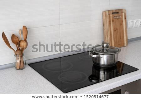 Cerámica olla estufa cocina bordo Foto stock © BSANI