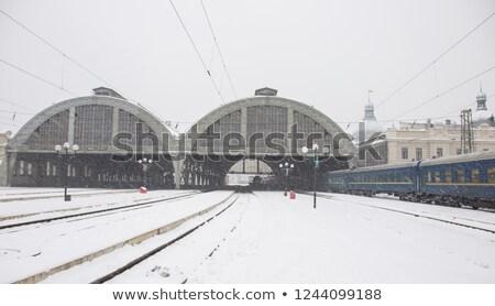 снег железнодорожная станция человека зонтик ходьбе снега Сток-фото © stevanovicigor