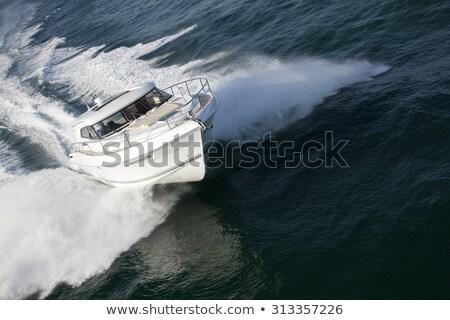 Elegante snelheid boot zeilen diep oceaan Stockfoto © epstock
