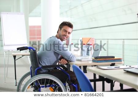 Niepełnosprawnych pracy kierownik wózek tabeli równy Zdjęcia stock © MaryValery