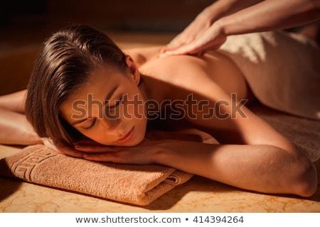 mooie · vrouw · spa · massage · Maakt · een · reservekopie · vrouw · handen - stockfoto © lunamarina
