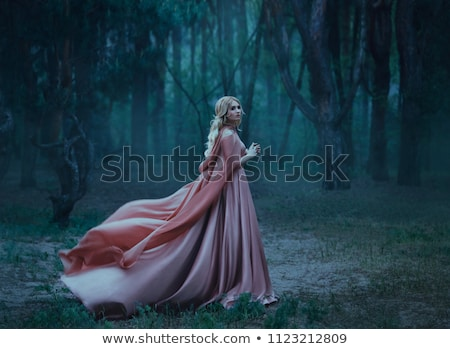 Moda fotoğraf sarışın kadın pembe high fashion poz Stok fotoğraf © NeonShot