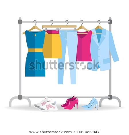 Vêtements cintre femme différent armoire Photo stock © MarySan