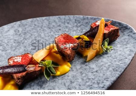 Herten lendenen zoete aardappel paars wortelen wijn Stockfoto © grafvision