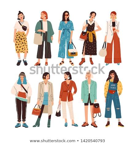 jóvenes · femenino · moderna · vestido · posando · belleza - foto stock © acidgrey