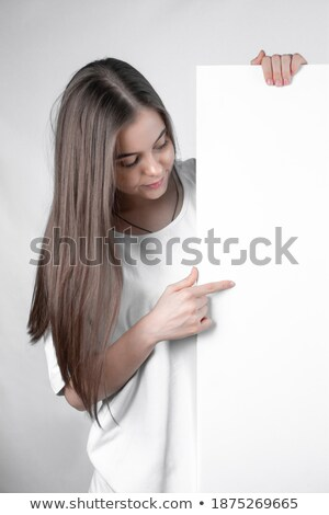 Boldog nő tart fehér tábla mutat valami Stock fotó © wavebreak_media