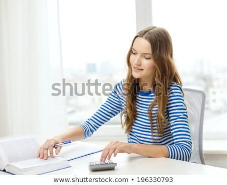 tinilány · számológép · fehér · nő · arc · tini - stock fotó © dolgachov