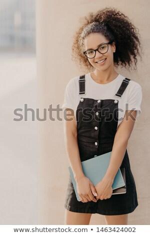 Verticaal shot vrolijk jonge afro student Stockfoto © vkstudio