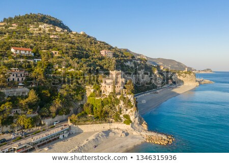 Plage mer Italie château colline eau Photo stock © Koufax73