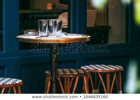 Nowoczesne wiklina meble ulicy restauracji wody Zdjęcia stock © vlaru
