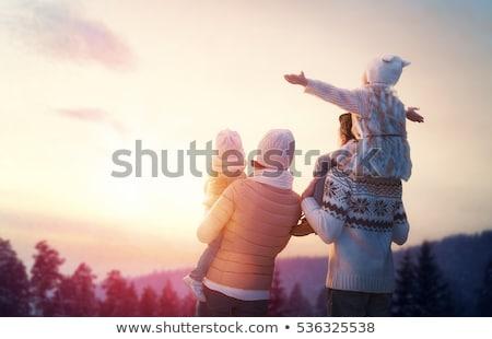 Foto stock: Inverno · família · sentar-se · neve · mulher · sorrir
