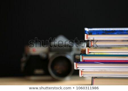 Stok fotoğraf: Kamera · kitaplar · resim · yüksek · kitap