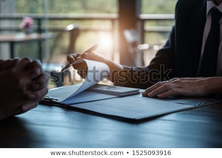 Financieros delincuencia primer plano negro armas Foto stock © pressmaster