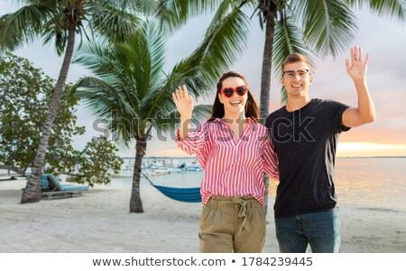 女性 · サングラス · ビーチ · 旅行 · 観光 · バレンタインデー - ストックフォト © dolgachov