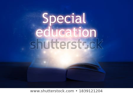 Onderwijs opschrift uit Open boek student mentoring Stockfoto © ra2studio