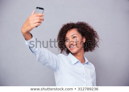 女性実業家 · 写真 · スマートフォン · カフェ - ストックフォト © deandrobot