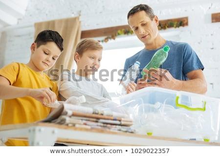 Сток-фото: ребенка · рециркуляции · домой · зеленый · весело · бутылку
