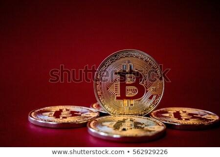 Bitcoin munten mannelijke hand geld Stockfoto © stevanovicigor