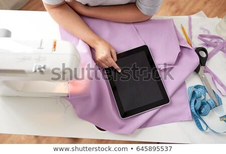 Szabó varrógép táblagép szövet emberek kézimunka Stock fotó © dolgachov