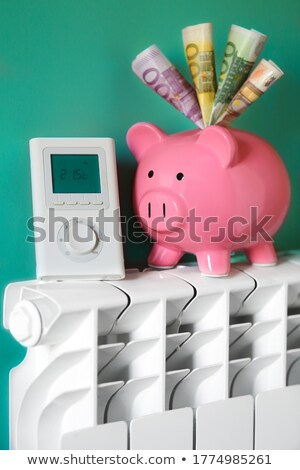 chauffage · radiateur · pourpre · mur · chambre - photo stock © magraphics