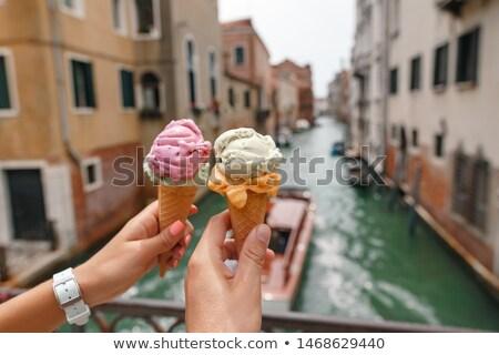 Hand icecream kegel Venetië Stockfoto © AndreyPopov