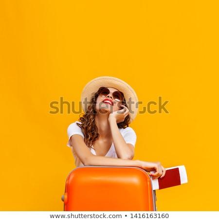 Stockfoto: Jonge · vrouw · koffer · zon · zomer · bril · Blauw