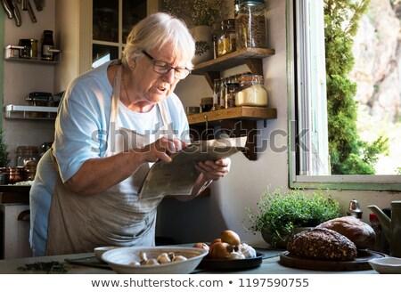 Oude dame koken hand restaurant industrie werken Stockfoto © photography33