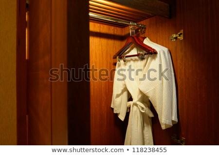 paar · hotelkamer · senior · vrouw · opening - stockfoto © punsayaporn