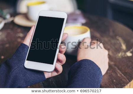 Stock foto: Morgen · Kaffee · trinken · Handy · weiblichen · Hände