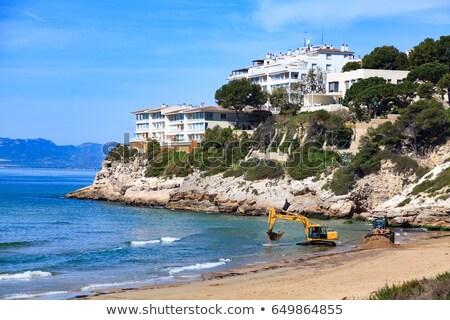 Ver vazio praia escavadeira escavadora cidade Foto stock © Nobilior
