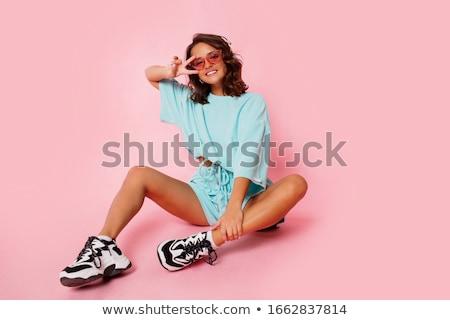Retrato sonriendo cute nina escuchar música Foto stock © deandrobot