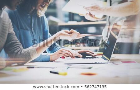 jovem · bem · sucedido · discutir · novo · negócio - foto stock © deandrobot
