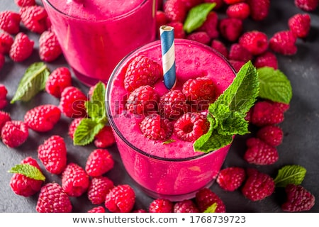 framboesa · colher · iogurte · sobremesa · framboesas - foto stock © dash