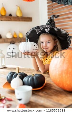 heks · vliegen · bezemsteel · halloween · silhouet · vriendelijk - stockfoto © clairev