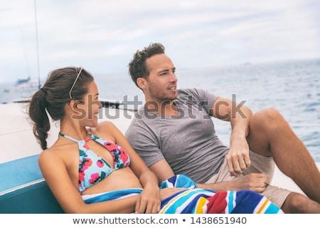 Iate barco estilo de vida casal falante navio de cruzeiro Foto stock © Maridav