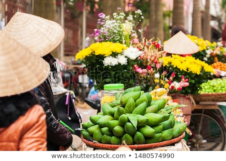 Cesta rua mercado Vietnã compras verde Foto stock © galitskaya