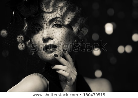 Vrouwen retro foto volwassen poseren muur Stockfoto © fotorobs