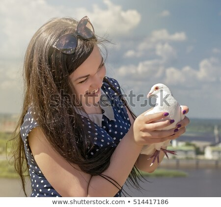 девушки глядя птица девочку корзины виноград Сток-фото © nizhava1956