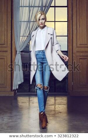 Blond femme belle bleu rose Photo stock © ssuaphoto