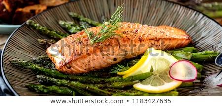 Frescos verde espárragos crudo salmón filete Foto stock © Melnyk
