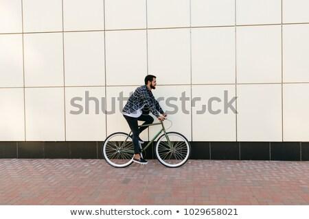 oldalnézet · férfi · lovaglás · bicikli · művészet · festmény - stock fotó © zzve