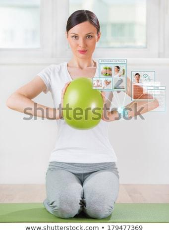 Stock fotó: Nő · testmozgás · labda · visel · okos · berendezés