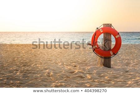 Hayat kırmızı beyaz sahil yaz tatili Stok fotoğraf © stevanovicigor