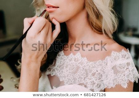 Előkészítés imádnivaló menyasszony gyönyörű kaukázusi kéz Stock fotó © tekso