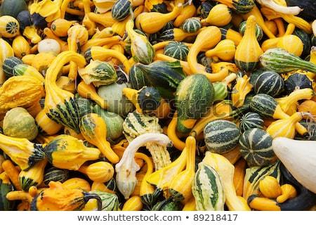jeans · abobrinha · orgânico · legumes · agricultores · mãos - foto stock © bobkeenan