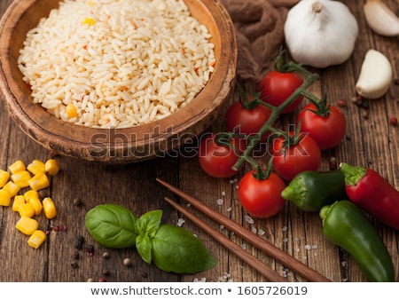 Tablicy puchar ryżu pomidorów bazylia Zdjęcia stock © DenisMArt