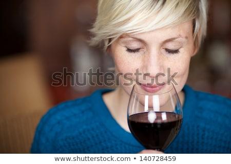 blond · vrouw · Rood · drinken · portret · mooie - stockfoto © aladin66