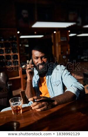hombre · vidrio · whisky · masculina · caucásico - foto stock © wavebreak_media
